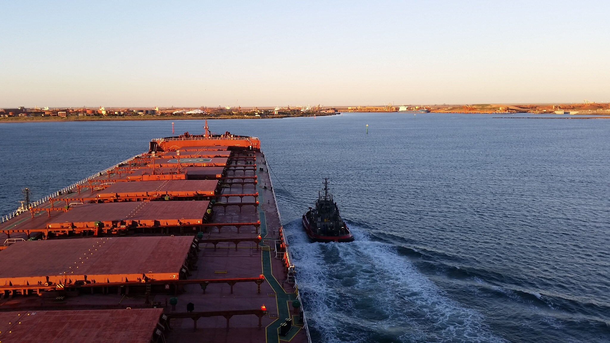 Bulk carrier hatches on water